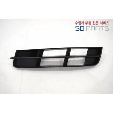 아우디 Q7 안개등트림LH,RH 대체부품/ 애프터부품/ 4L0807489A, 4L0807490A